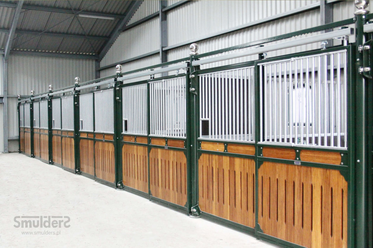 f009_internal-stables_professional-series_SMULDERS_PL-1280x853.jpg
