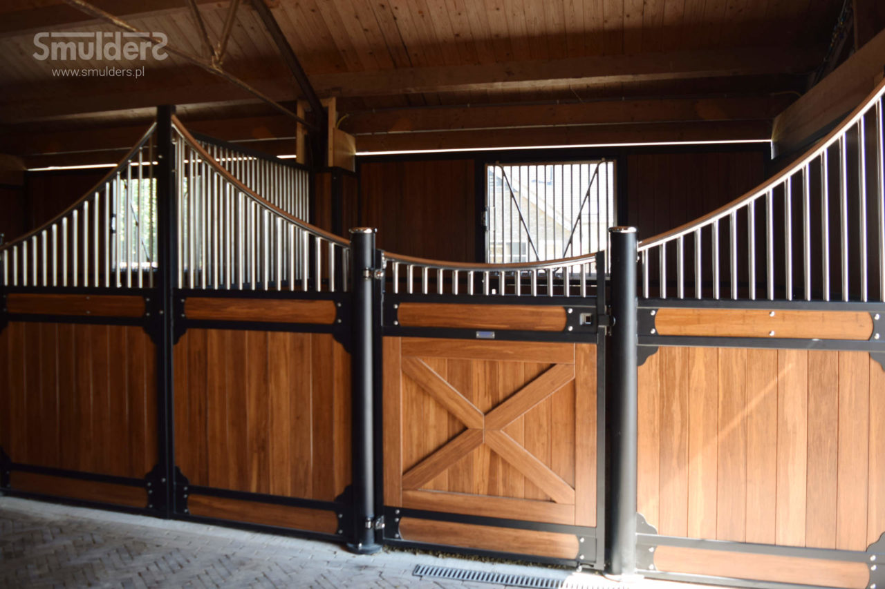 f010_internal-stables_classic-wave_SMULDERS_PL-1280x853.jpg