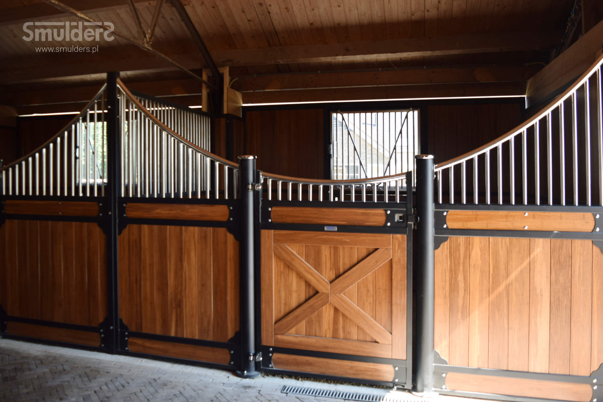 http://www.smulders.pl/wp-content/uploads/2019/02/f010_internal-stables_classic-wave_SMULDERS_PL.jpg