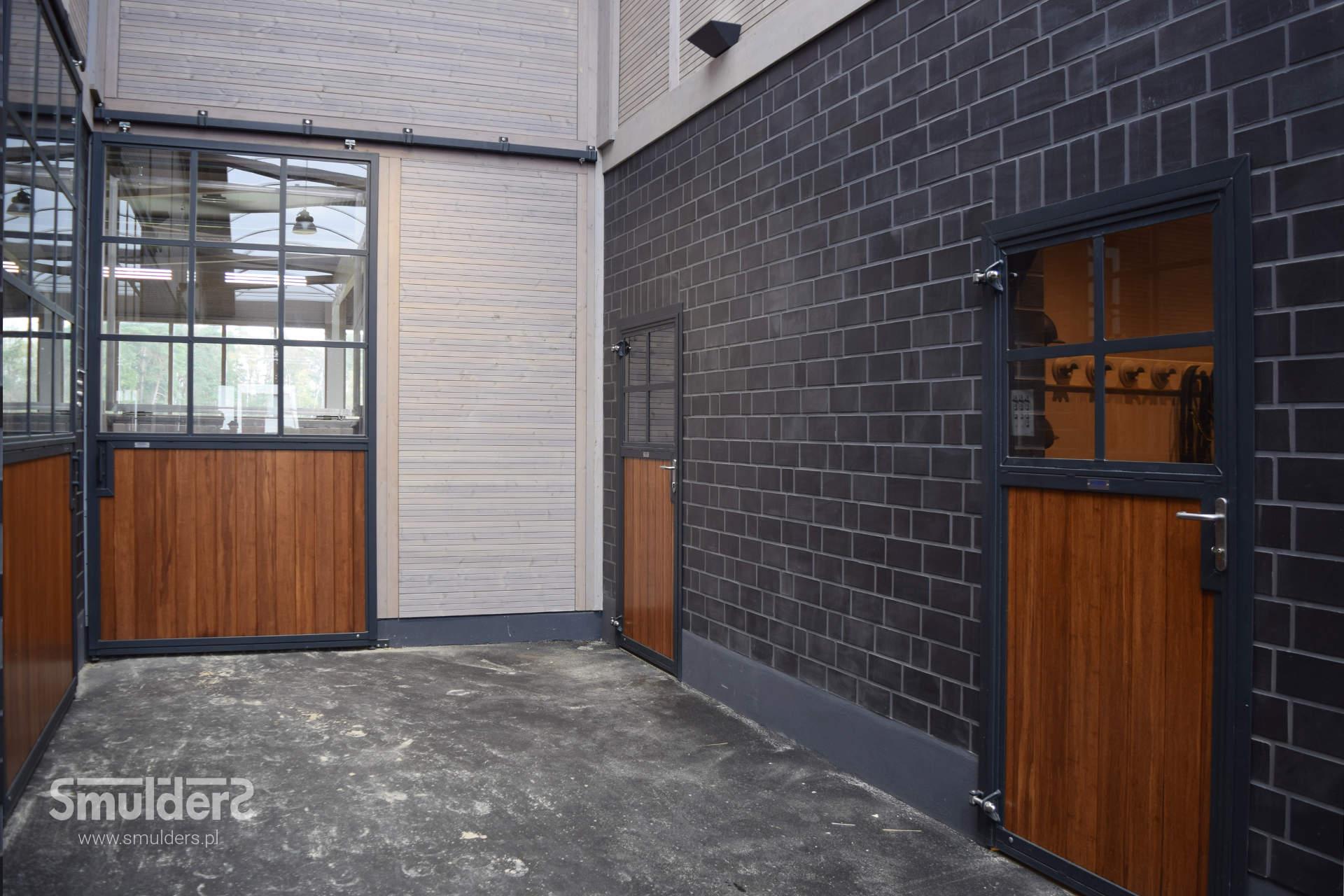 http://www.smulders.pl/wp-content/uploads/2019/06/f004_barn-doors_doors_IMM_SMULDERS_PL.jpg