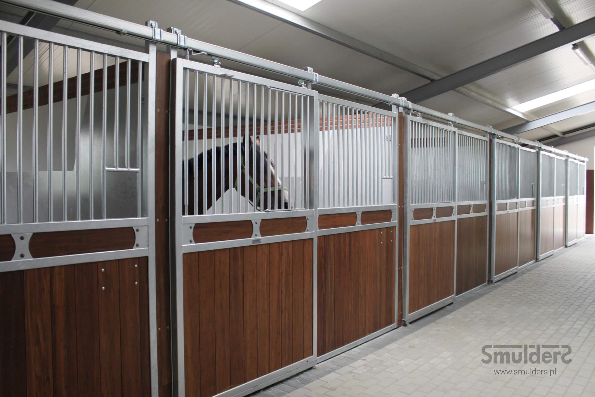 http://www.smulders.pl/wp-content/uploads/2019/07/f001_internal-stables_sport-line_SW_SMULDERS_PL.jpg
