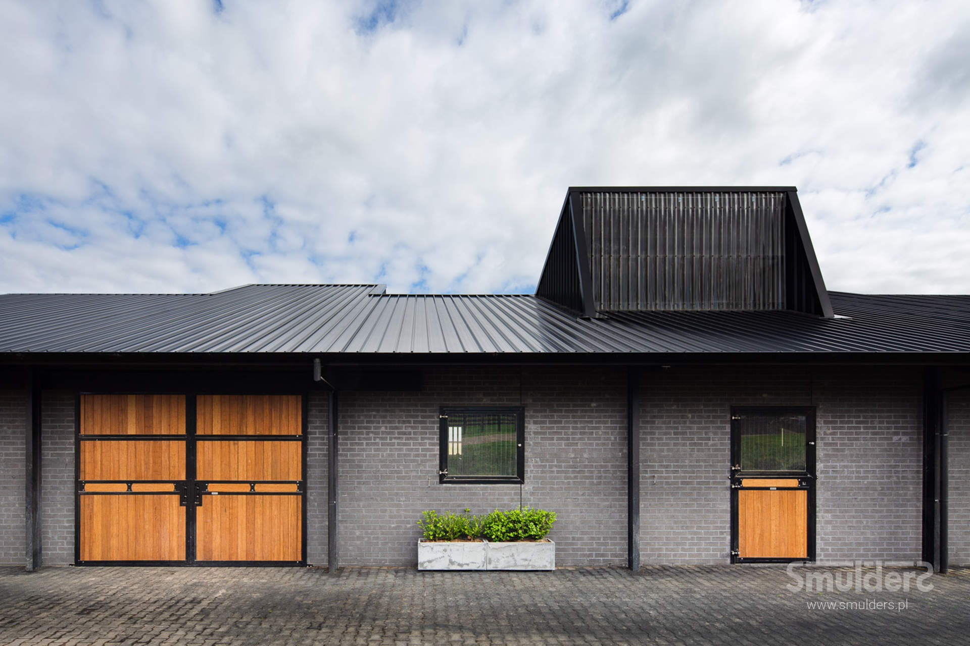 http://www.smulders.pl/wp-content/uploads/2019/10/f005_buckingham_barn-doors_doors_windows_KIL_SMULDERS_PL.jpg