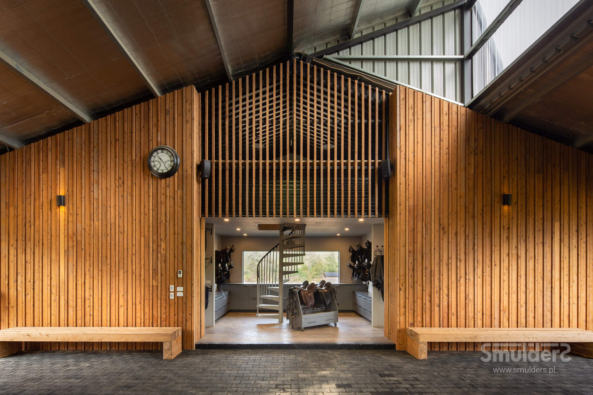 http://www.smulders.pl/wp-content/uploads/2019/10/f010_buckingham_barn-doors_doors_windows_KIL_SMULDERS_PL.jpg