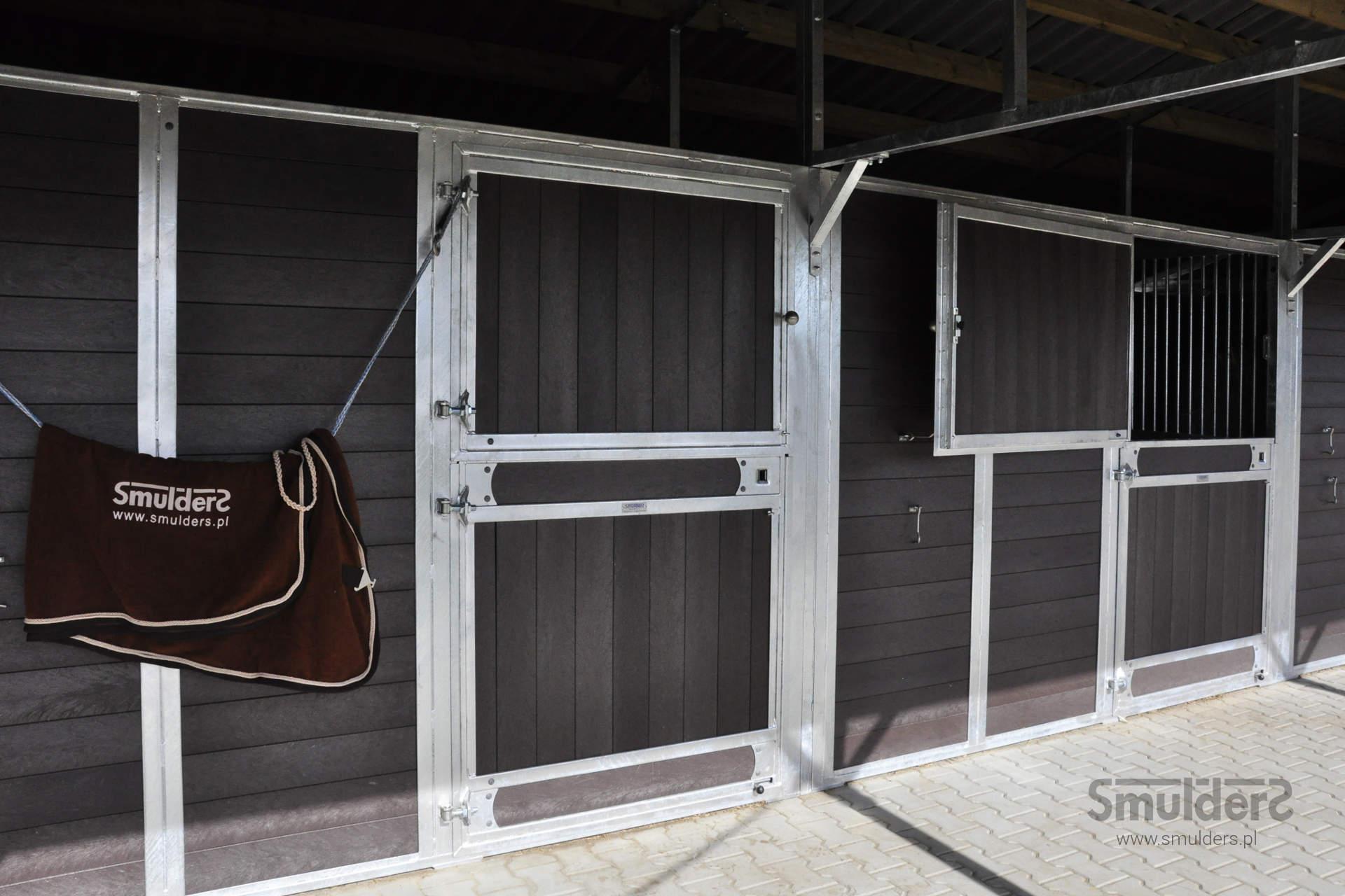https://www.smulders.pl/wp-content/uploads/2019/07/f004_outdoor-stables_KCN_SMULDERS_PL.jpg