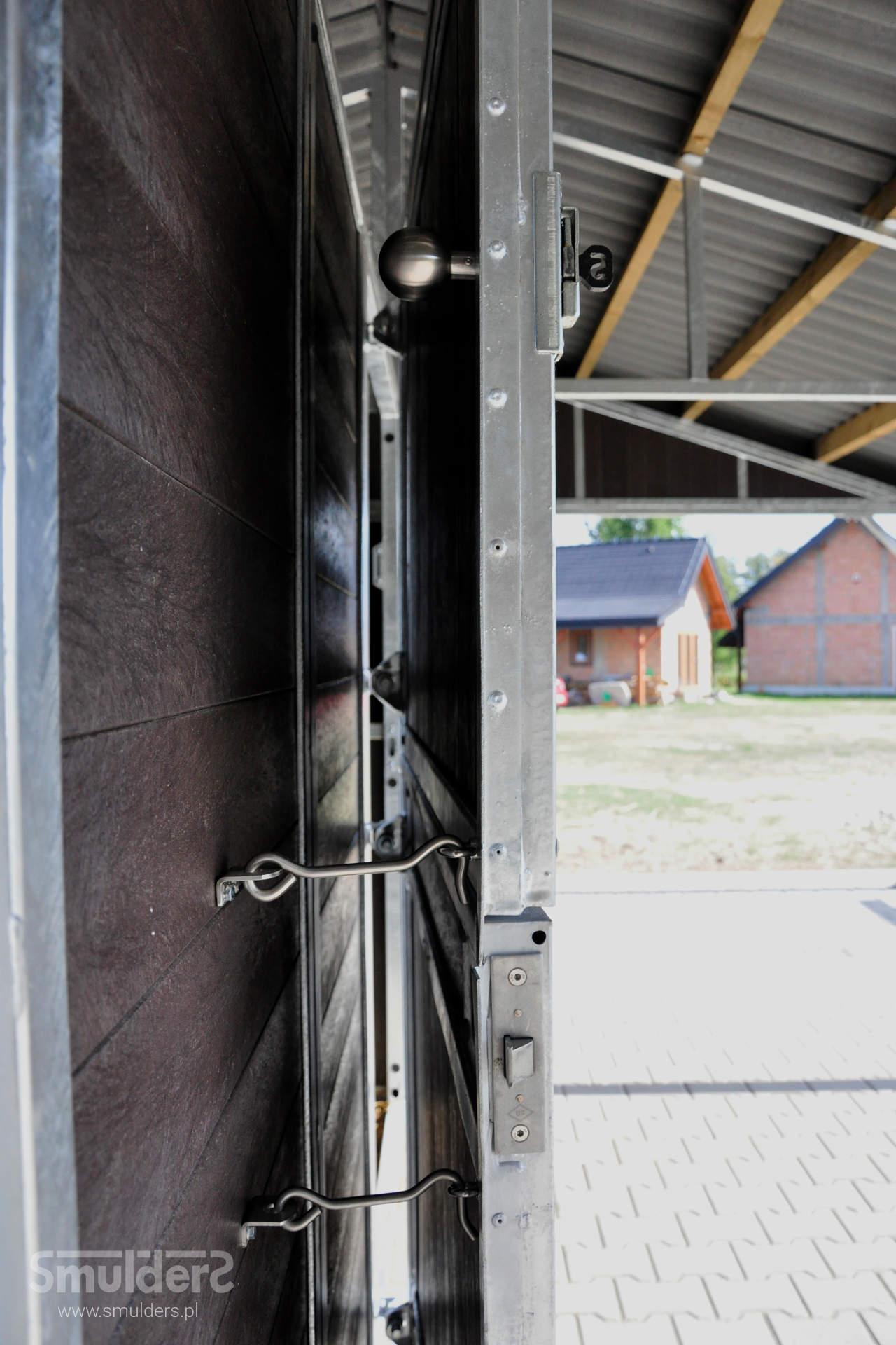 https://www.smulders.pl/wp-content/uploads/2019/07/f006_outdoor-stables_KCN_SMULDERS_PL.jpg