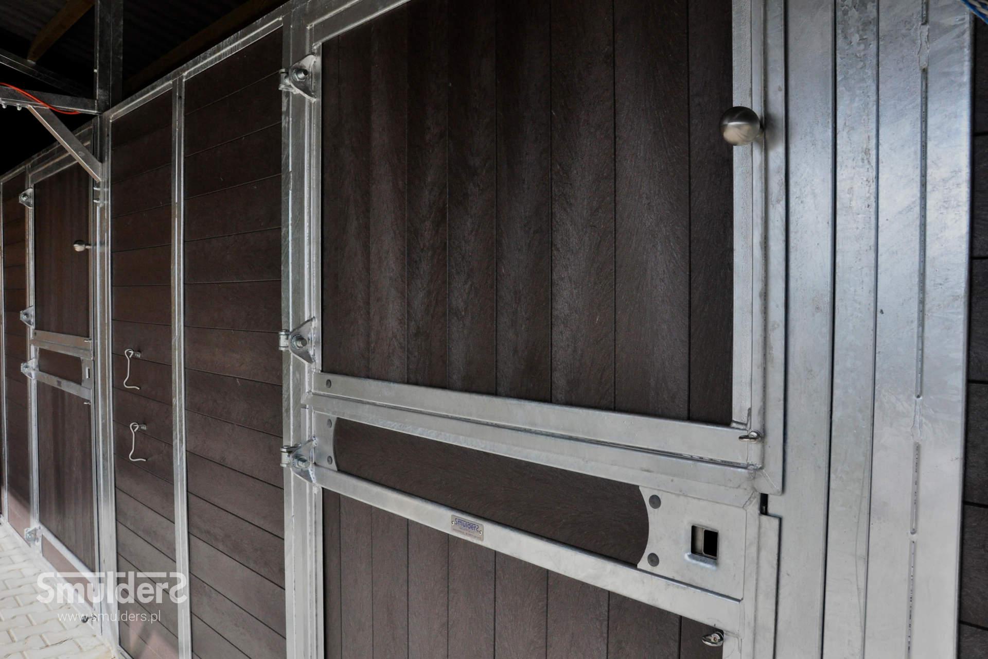 https://www.smulders.pl/wp-content/uploads/2019/07/f009_outdoor-stables_KCN_SMULDERS_PL.jpg
