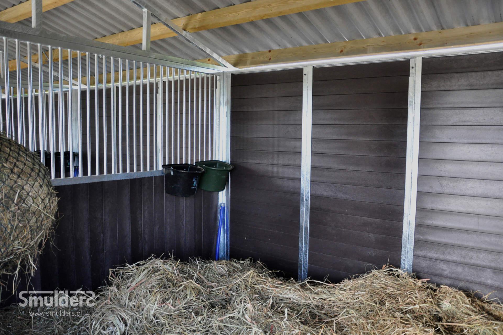 https://www.smulders.pl/wp-content/uploads/2019/07/f012_outdoor-stables_KCN_SMULDERS_PL.jpg